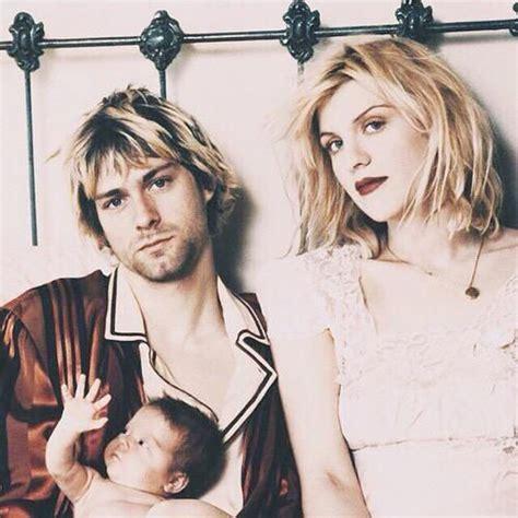 Who is he and where is he now? Épinglé par Never Say Never sur Kurt Cobain and the Nirvana   Cri du coeur, Courtney love, Amour