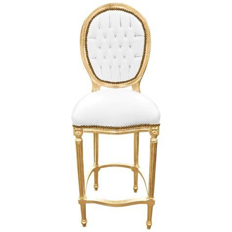 chaise en cuir blanc chaise de bar style louis xvi simili cuir blanc et bois doré