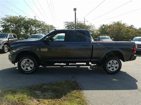 New 2018 Ram 2500 BIG HORN CREW CAB 4X4 6'4 BOX For Sale