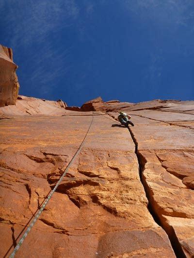 Rock Climbing Course Indian Creek Jam Camp Moab Cliffs