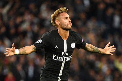neymar marca tres  iguala kaka na goleada  psg na