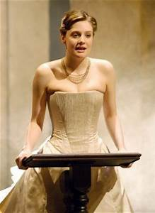 King Lear - as Cordelia - Romola Garai Photo (6878958 ...