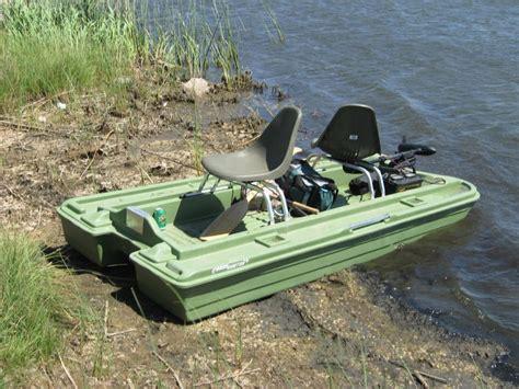 Mini Bass Boats by Mini Bass Boat Fishing Stillwater