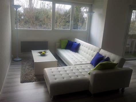 cuisine de jardin en decoration salon avec canape blanc