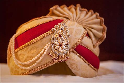 Wedding Accessories For Indian Groom : The 7 Traditional Must-haves