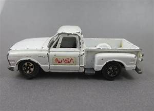 Ertl Toy Pickup Truck 1968 White Stepside Chevy Pickup NASA