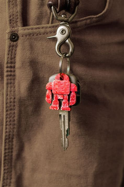 custom robot keychains  easy moldmaking  diy projects  tos electronics crafts