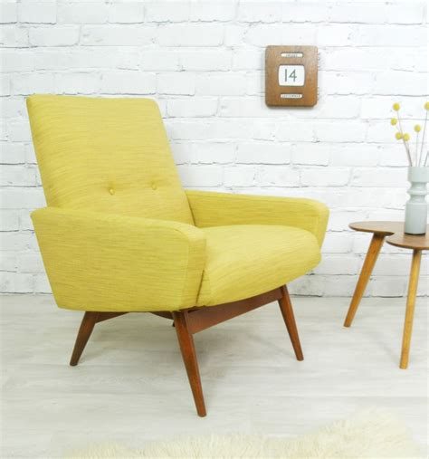 Retro Style Armchair by Knoll Vintage Retro Teak Mid Century Style
