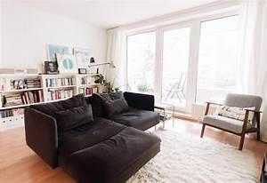 sofa mitten im wohnzimmer