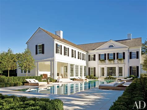 White Exterior Paint Colors Ideas For Beautiful Houses