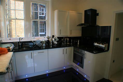 Kitchen fitting installation services in London units