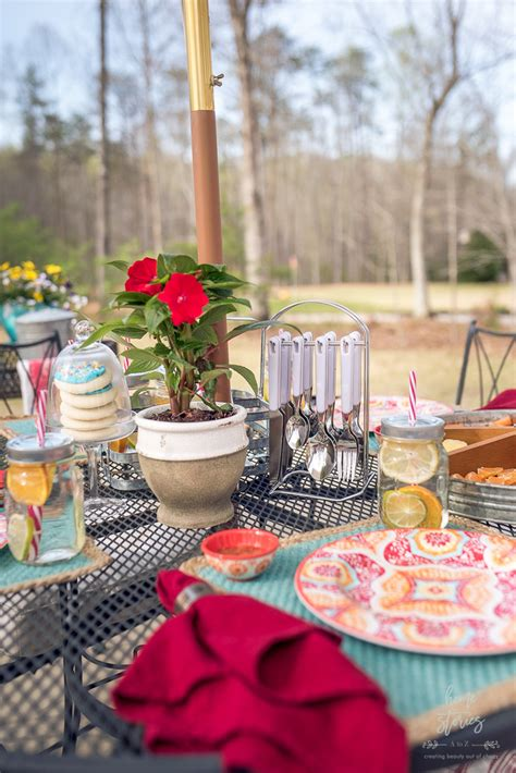 5 Simple Outdoor Entertaining Tips