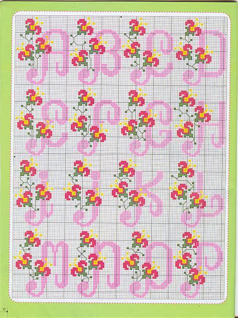 cross stitch alphabet  simple small flowers   cross stitch patterns crochet