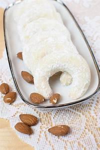 Kekse Mit Mandeln : zart m rbe vanillekipferl mit mandeln ohne ei rezept kekse biscuits cookies ~ Orissabook.com Haus und Dekorationen