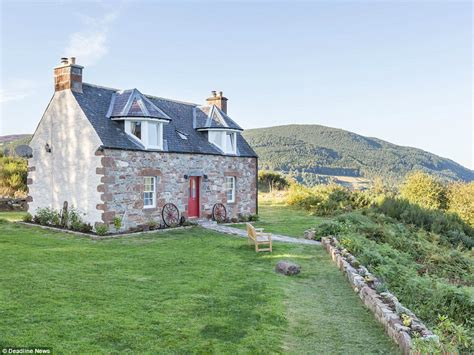 Cottage Schottland Mieten by Loch Ness Cottage Is The Best Rental For Nessie Hunters