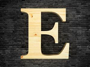 Lettre En Bois A Poser : lettre alphabet en bois e lettres d coratives ~ Teatrodelosmanantiales.com Idées de Décoration