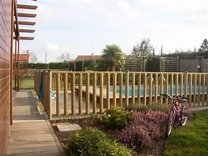 Barriere De Securite Bois : barri re bois pour la protection de piscine priv e ~ Dailycaller-alerts.com Idées de Décoration