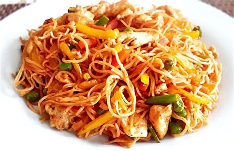 pakistani style chow mein