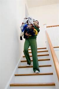 Leiter Auf Treppe Stellen : sicherheitstipps f r die nutzung von treppen videoworkshops f r selbermacher ~ Eleganceandgraceweddings.com Haus und Dekorationen
