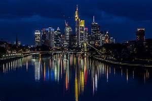Skyline Frankfurt Bild : frankfurt skyline bei nacht am foto bild architektur stadtlandschaft skylines ~ Eleganceandgraceweddings.com Haus und Dekorationen