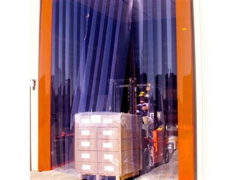 pvc curtains for less energy consumption at cold rooms