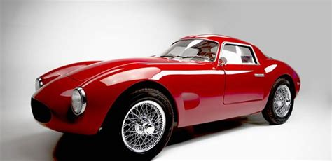 The primary difference between the 462 sohc type 46 constructed and the 65 type 50s built was the use of the dohc. FF Berlinetta: Gran Turismo anni '50 di fattura artigianale   Auto veloci, Auto, Automobile