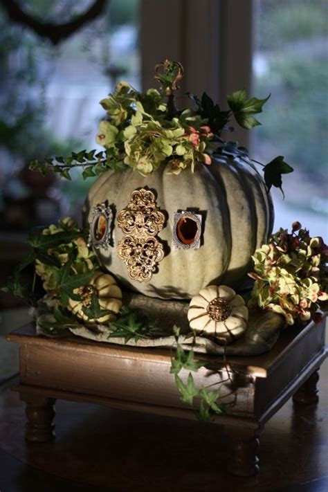 Pumpkin Coach Centerpiece by Coaches Pumpkins And Pretty Halloween On Pinterest