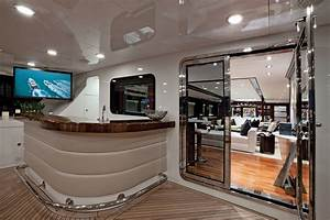 Aft Image Gallery Aft View Aft View Luxury Yacht