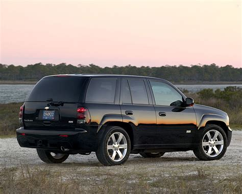 Chevrolet Trailblazer Specs & Photos