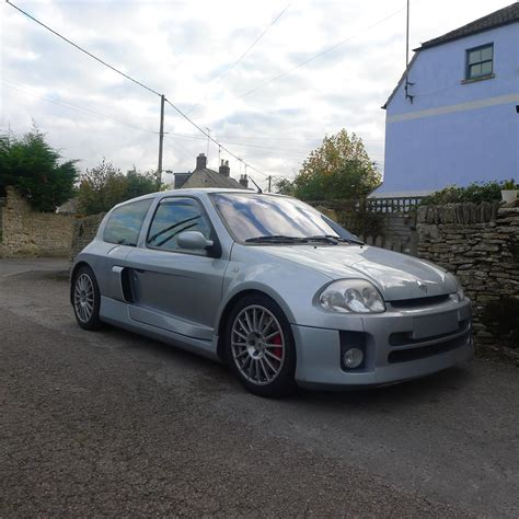 Renault Clio V6 For Sale Usa by Used 2002 Renault Clio V6 Renaultsport V6 For Sale In Glos