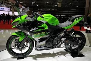 Kawasaki Ninja 400 : kawasaki ninja 400 price specification and technical review autoretina ~ Maxctalentgroup.com Avis de Voitures