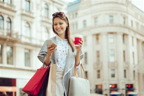 Aug 04, 2021 · a foreign transaction fee is usually 2% to 3% of your purchase amount, and it's charged by your credit card company. Credit Card Currency Conversion & Foreign Transaction Fees: What You Need to Know - ValuePenguin