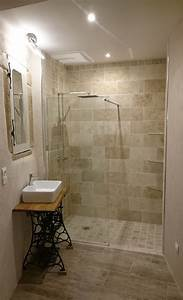Salle De Bain En L : idee deco salle de bain travertin id e d coration ~ Melissatoandfro.com Idées de Décoration
