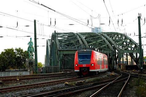 523 kommentare seite 1 von 22 kommentieren. Alle Infos zum Streik am Mittwoch in Köln bei Bus, Bahn ...