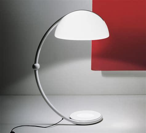 lampadaire serpente blanc hcm martinelli luce luminaires nedgis