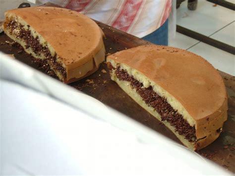 kue terang bulan wikipedia bahasa indonesia