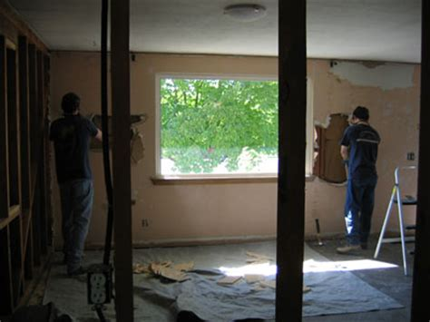 kissire  house remodel gutting