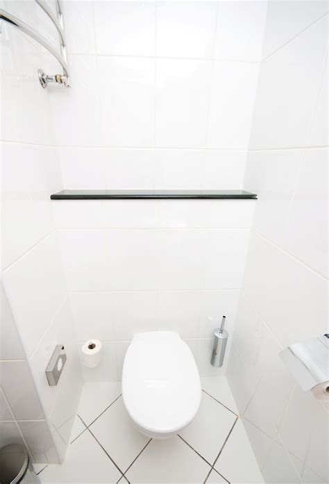 clean bathroom wall tiles simple tips