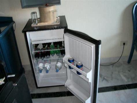 mini frigo de chambre frigo de la chambre photo de hotel riu caribe cancún