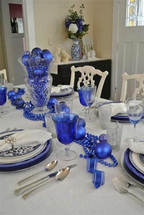 royal blue table decorations 35 frosty blue and white christmas décor ideas digsdigs