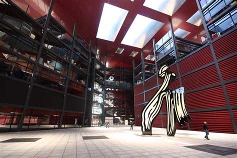 reina sofia museo nacional  centro de arte museum gomadridpride