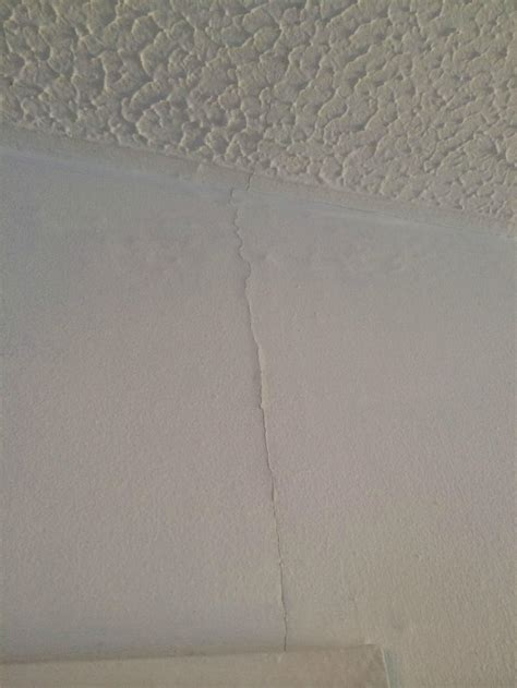 hairline cracks in ceiling causes cracking plaster between walls ceilings etc page 1