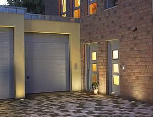 Fassadenbeleuchtung Außen Led : bodeneinbauleuchten abstand zur wand planen ~ Markanthonyermac.com Haus und Dekorationen