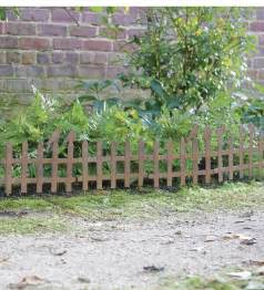making your own decorative garden fencing margarite gardens