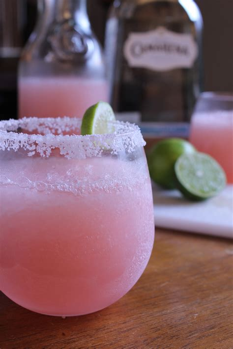 pretty alcoholic drinks pretty pink alcoholic drinks www pixshark com images