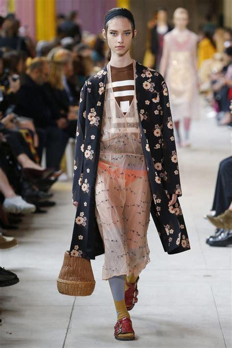 Spring 2018 Runway Fashion Trend - Layering - Fashionsizzle