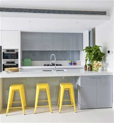 deco cuisine et grise quelle couleur mettre avec une cuisine grise