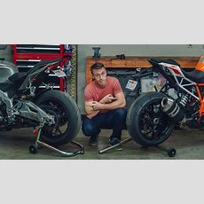 Singlesided Vs Doublesided Swingarm  What's The Difference?  Mc Garage Youtube