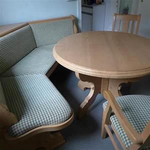 Eckbank Mit Tisch Und Stühle Günstig : gut erhaltene original voglauer eckbank 1 50 m je schenkell nge mit rundem tisch durchmesser ~ Indierocktalk.com Haus und Dekorationen