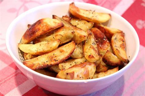cuisiner des pomme de terre pommes de terre rôties au four pour ceux qui aiment